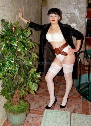 Проститутка Надя с выездом по Москве рядом с метро Арбатская в возрасте 46