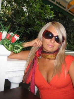 Проститутка Полина с выездом по Москве рядом с метро Третьяковская в возрасте 29