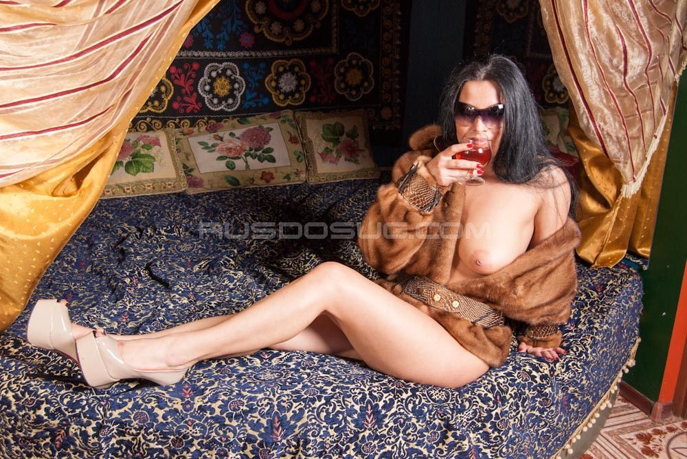 prostitutki-moskvi-zakaz-na-dom