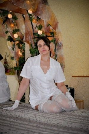 Проститутка Эля с выездом по Москве рядом с метро Курская в возрасте 32