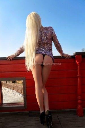 Проститутка Яна с выездом по Москве рядом с метро Выставочная в возрасте 20