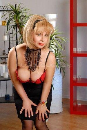 Проститутка Аня с выездом по Москве рядом с метро Беляево в возрасте 52