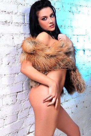 Проститутка Вика с выездом по Москве рядом с метро Курская в возрасте 20