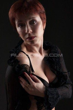 Проститутка Света с выездом по Москве рядом с метро Площадь Ильича в возрасте 42