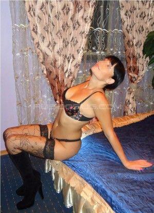 Проститутка Alicia с выездом по Москве рядом с метро Домодедовская в возрасте 28