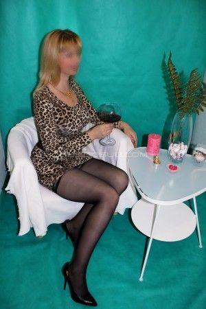 Проститутка Светлана с выездом по Москве рядом с метро Волжская в возрасте 28