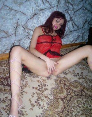 Проститутка Юлия с выездом по Москве рядом с метро Выхино в возрасте 24