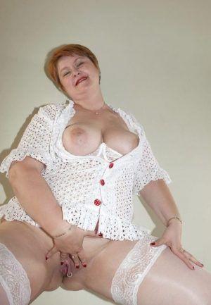 Проститутка Анюта с секс услугами в Москве
