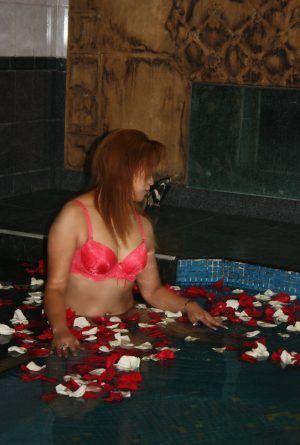 Проститутка Диана с выездом по Москве рядом с метро Перово в возрасте 22