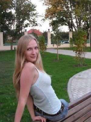 Проститутка Марина с секс услугами в Москве