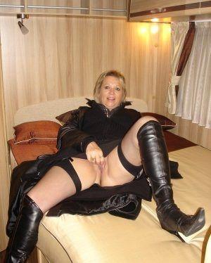 Проститутка Неля с выездом по Москве рядом с метро Битцевский Парк в возрасте 43