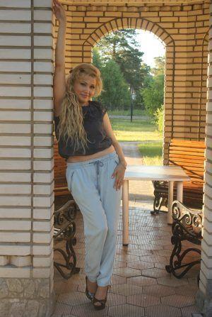 Проститутка Ирина с выездом по Москве рядом с метро Динамо в возрасте 40