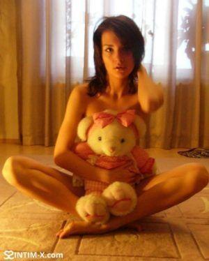 Проститутка Руслана с выездом по Москве рядом с метро Кузнецкий мост в возрасте 31