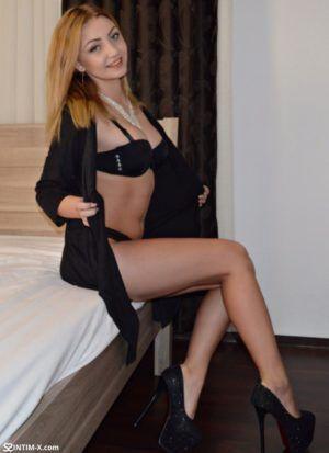 Проститутка Инга с выездом по Москве рядом с метро Краснопресненская в возрасте 25