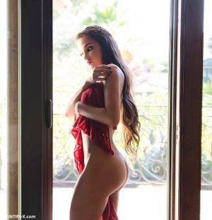 Проститутка Варя с секс услугами в Москве