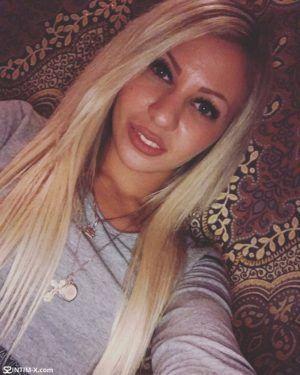 Проститутка Лена с выездом по Москве рядом с метро Хорошёво в возрасте 24