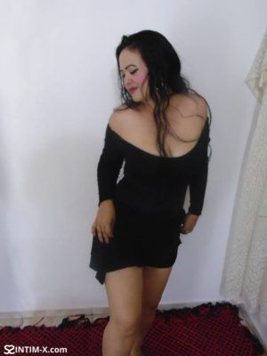 Проститутка Лия с секс услугами в Москве