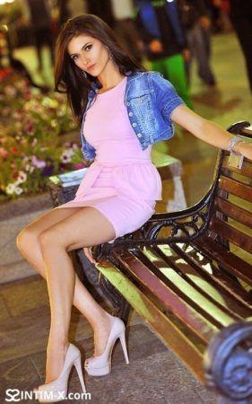 Проститутка Марина с выездом по Москве рядом с метро Алма-Атинская в возрасте 20
