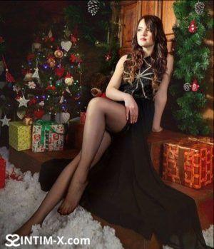 Проститутка Елена с выездом по Москве рядом с метро Чеховская в возрасте 31