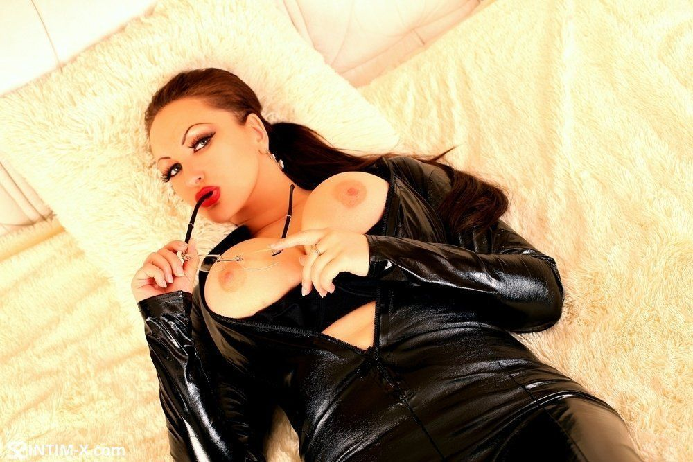 Проститутка Валя с реальными фото в возрасте 32 лет