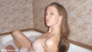 Проститутка Олеся с выездом по Москве рядом с метро Мякинино в возрасте 28