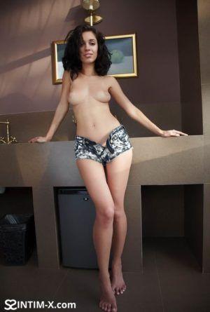 Проститутка Илона с выездом по Москве рядом с метро Китай в возрасте 26