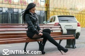 Проститутка Нина с выездом по Москве рядом с метро Бауманская в возрасте 28