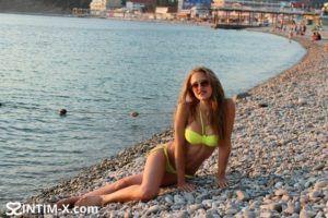 Проститутка Ирина с выездом по Москве рядом с метро Театральная в возрасте 24