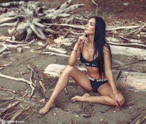 Проститутка Фатима с секс услугами в Москве