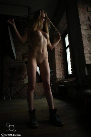 Проститутка Полина с выездом по Москве рядом с метро Авиамоторная в возрасте 26