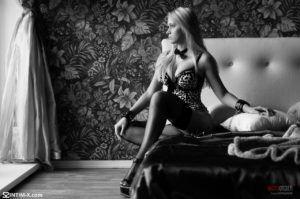 Проститутка Оксана с выездом по Москве рядом с метро Охотный ряд в возрасте 26