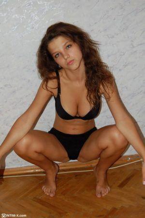 Проститутка Ника с выездом по Москве рядом с метро Каширская в возрасте 23